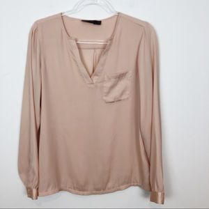 THE LIMITED CAMEL SILKY BLOUSE SZ M